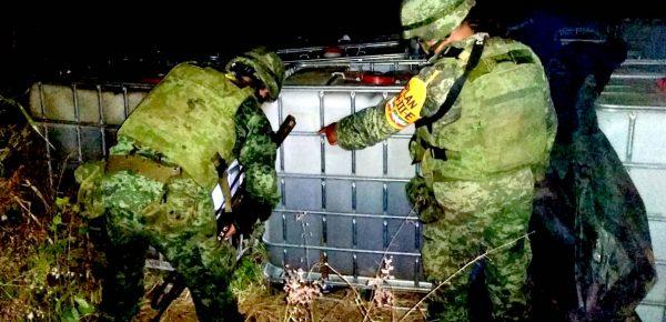 Personal del Ejército Mexicano asesta golpe a huachicoleros, en Veracruz
